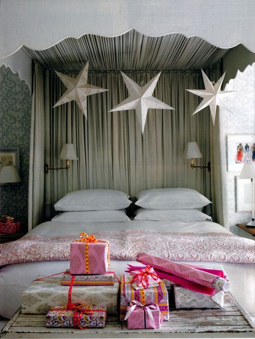 Paper Stars, Fuchsia, Orange Holiday Gift Wrap